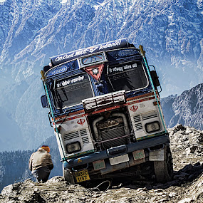 not even six feet from the edge!!! by Rajarshi Mitra - Transportation Other ( broken, mountains, edge, accident, tanker, road, jam, oil )