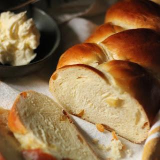 Egg and Raisin Bread