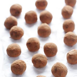 5-Ingredient Whiskey Dark Chocolate Truffles