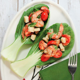Caprese Shrimp Salad Appetizers.