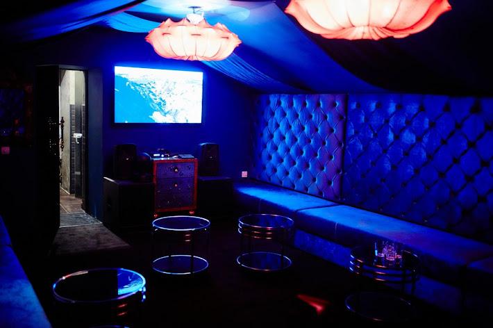Фото №1 зала Караоке-комната на 30 человек