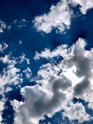Up in the sky di michimotta