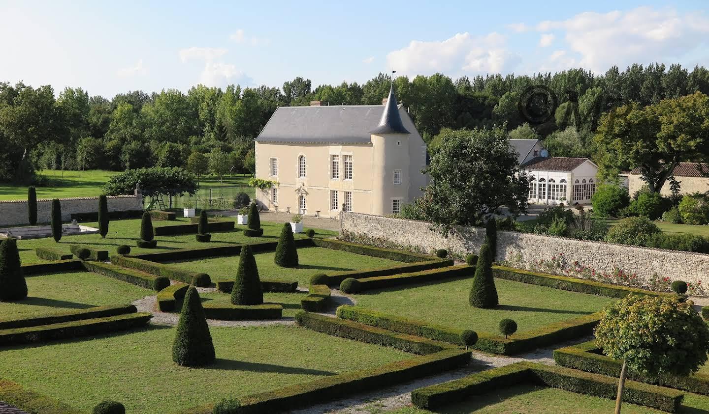 Château classé monument historique La Rochelle