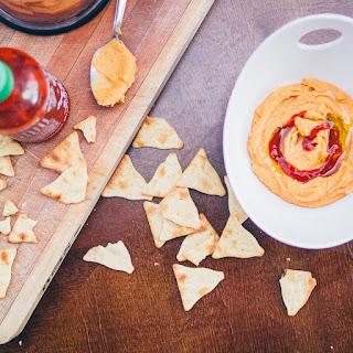 Creamy Sriracha Hummus