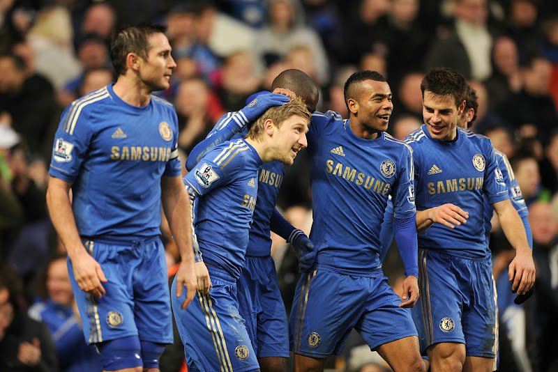 Photo: Marko Marin celebrates his goal with team-mates