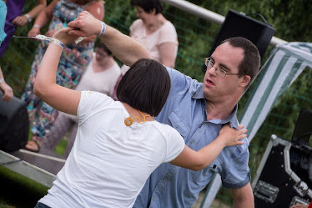 Siemkensheuvelfeesten op 4 juni met schlagerkoning Dennie Christian