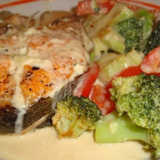 Low calories Fish with vegetables baked in milk sauce