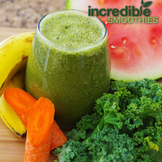 Watermelon-Kale Detox Green Smoothie