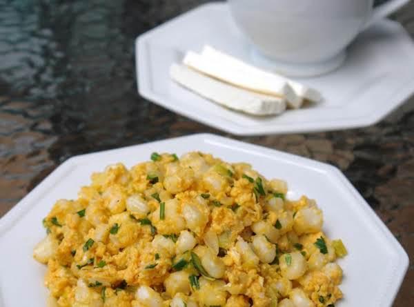 Mexician Hominy And Scramble Eggs Or Mote Pillo Recipe