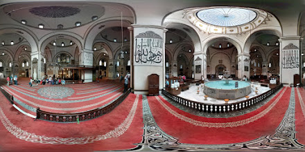 "Photo: Ulu Cami (""Grand Mosque"") - the largest mosque in... Bursa! Mostly it's just really beautiful with a great fountain in the middle for washing and tons of calligraphy on the walls, so I had to get a view of the inside."