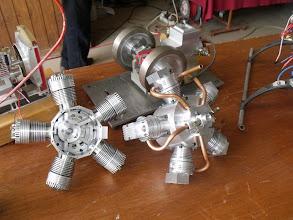 Photo: Deux moteurs 5 cyl en étoile