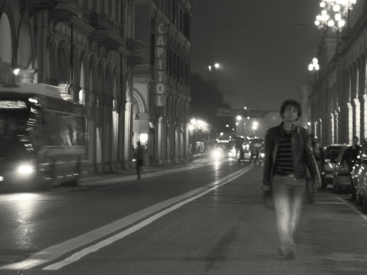 Man walks alone di totosapone