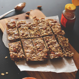 How to Make Low-Calorie Granola Bars.