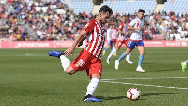 Álvaro Giménez en acción.