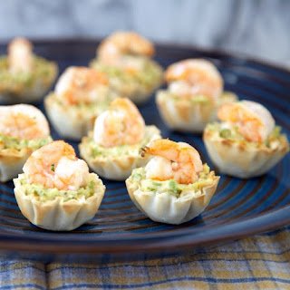 Asparagus Hummus and Shrimp Bites