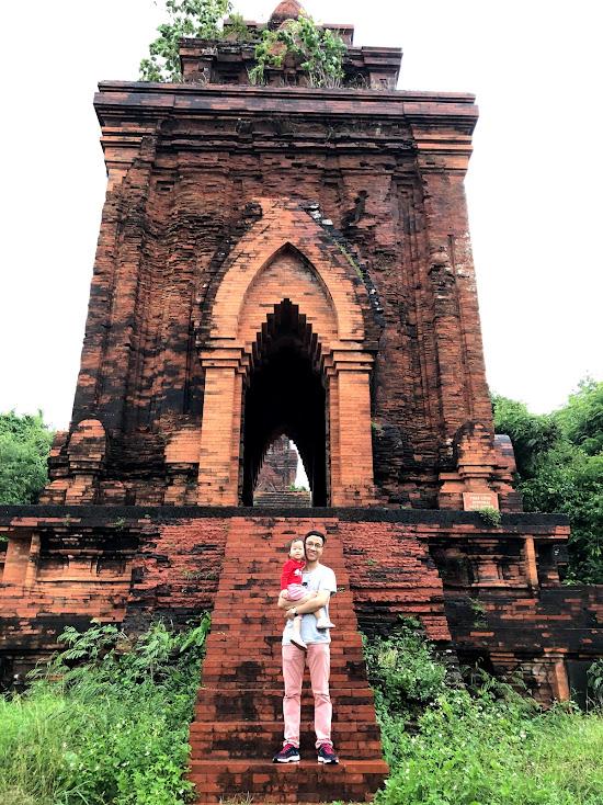 tháp cổng