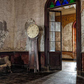 Unanue´s Castle by Fico Stein Montagne - Buildings & Architecture Decaying & Abandoned ( decaying, lima, castle, old wood, old, rusty, aged, past century, clock, old room, cañete, indoor, abandoned,  )