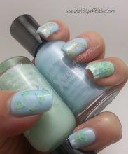 Photo: Check out my blog post to see how you can get this look! http://www.katstayspolished.com/2013/08/sally-hansen-textured-nail-art-fuzzy.html