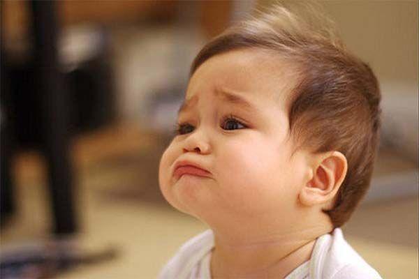 Mơ thấy bé trai đang khóc