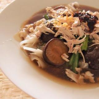 Ipoh Shredded Chicken Rice Noodles 怡保鸡丝河粉.