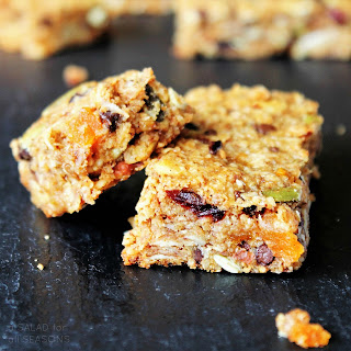 Almond & Oat Granola Bars