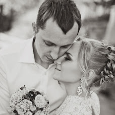 Wedding photographer Irina Belkova (IrisPhoto). Photo of 16.12.2012