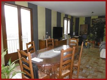maison à Saint-Cosme-en-Vairais (72)