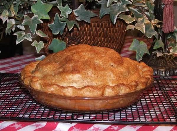 My Spicy Autumn Pear Pie