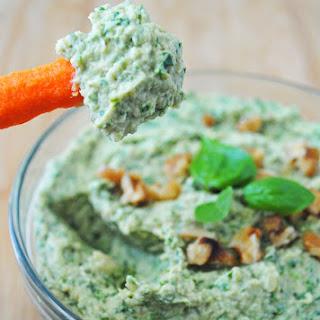Kale Pesto Hummus Recipe