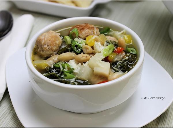 Kale & White Bean Soup Recipe