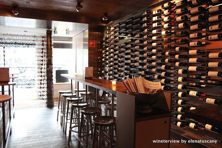 vyne, vyne amsterdam, wine bar, wine bar amsterdam, enoteca, enoteca amsterdam, vino amsterdam, locale amsterdam, vino, wine lovers, wine,