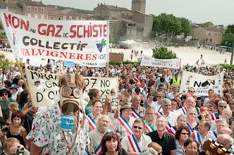 Photo: Villeneuve de Berg...manifestation de soutien pour les maires  © Antoine Combier