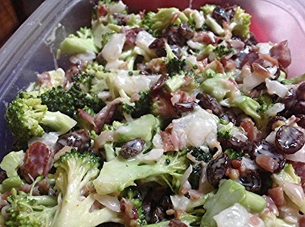 Rose Mary's Broccoli & Raisin Salad Recipe