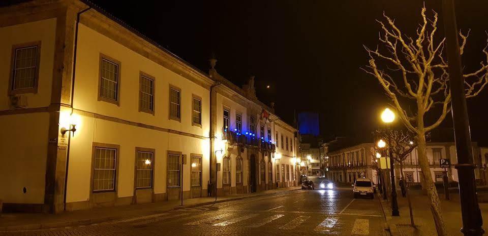 Azul em edifícios históricos de Lamego alertou para o autismo