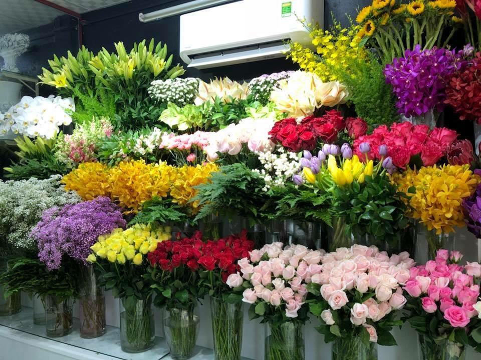 Đa dạng kiểu dáng, loại hoa khác nhau