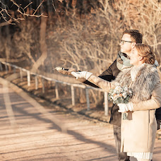 Wedding photographer Kseniya Bors (redstars). Photo of 22.01.2016