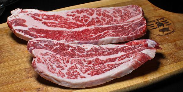 在鍋蓋上烤肉? 新北板橋美食 三角三大鍋蓋韓國道地烤肉