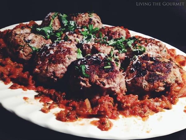 Basil And Garlic Meatballs Recipe