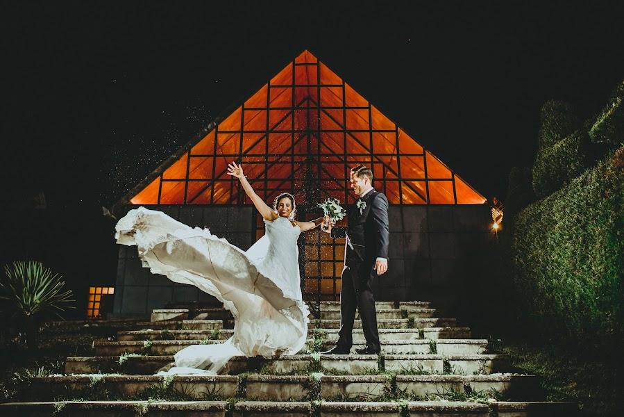 Wedding photographer Valery Garnica (focusmilebodas2). Photo of 22.05.2018