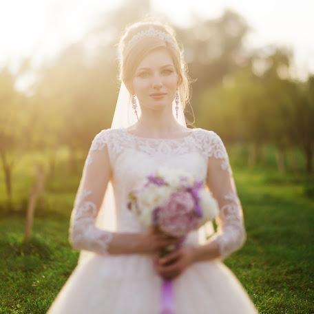 Wedding photographer Aleksey Kharlampov (Kharlampov). Photo of 14.02.2018