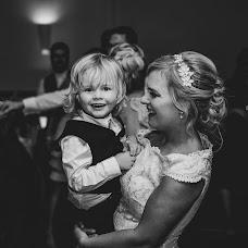 Wedding photographer Laura Benson (LauraAndBenny). Photo of 24.12.2018