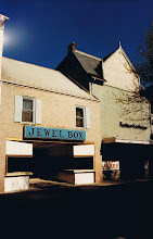 Photo: Jewel Box and Fashion Footwear, 157 N. Loudoun