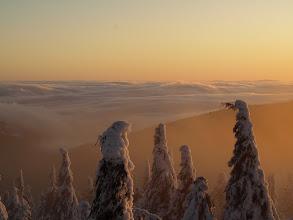 Photo: Svět pod mlhou a my při západu slunce - nádhera.