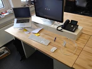 Photo: Und so sehen jetzt die neuen Arbeitsplätze in unserer Redaktion aus! Was haltet ihr davon?