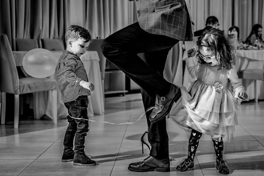 Wedding photographer Laurentiu Nica (laurentiunica). Photo of 10.04.2019