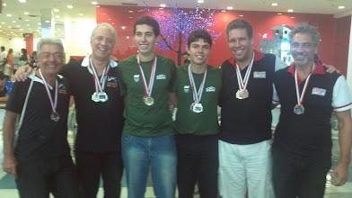 Photo: Pódio Duplas Masculinas 2.ª divisão (Mário Assad, Márcio Gontijo, Bruno Costa, Thiago Felicetti, Antonio Torres, Flávio Alonso)