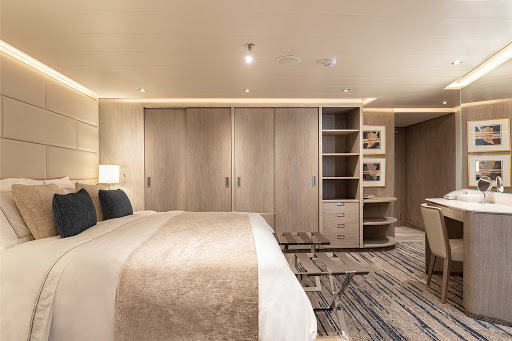Medallion-Suite-Silver-Origin.jpg -  Relax in the Medallion Suite between excursions to the Galapagos on Silver Origin.