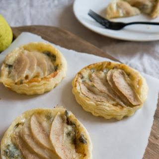 Pear & Gorgonzola Mini-Tartlets