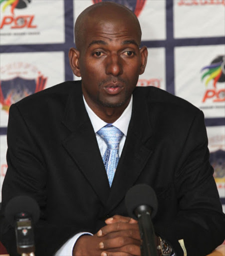 The premature death of coach Roger Sikhakhane has robbed football of a great mind.
