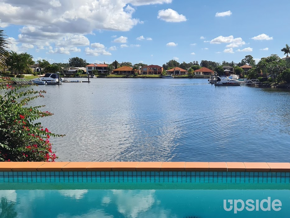 Main photo of property at 27 Lee Anne Crescent, Helensvale 4212